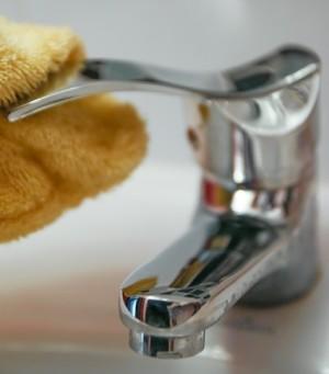 klares wasser entsafter spülen